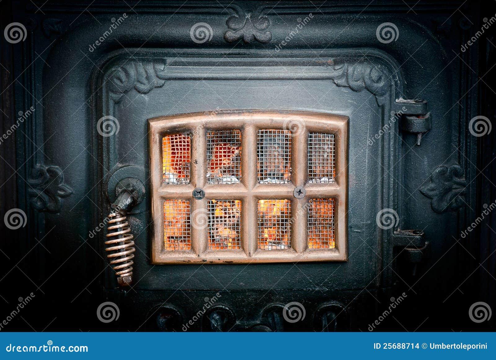 火炉葡萄酒图片