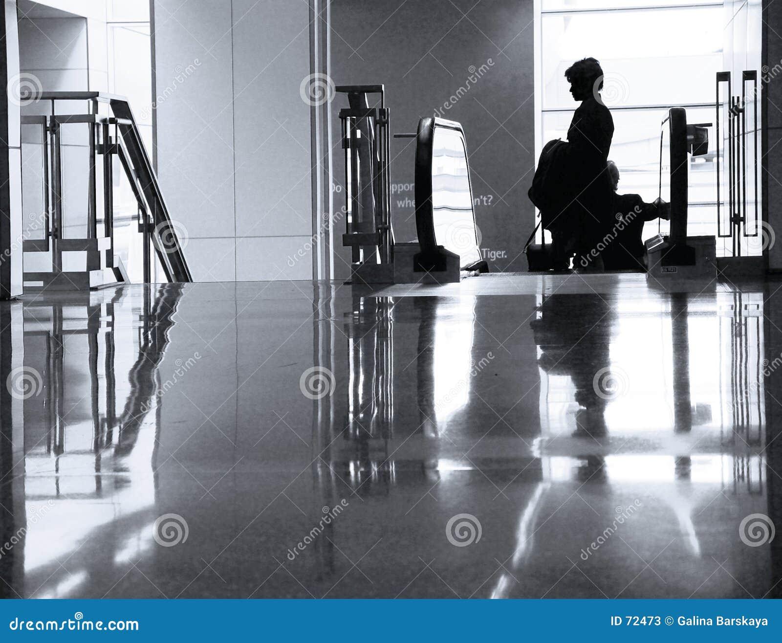 À l aéroport