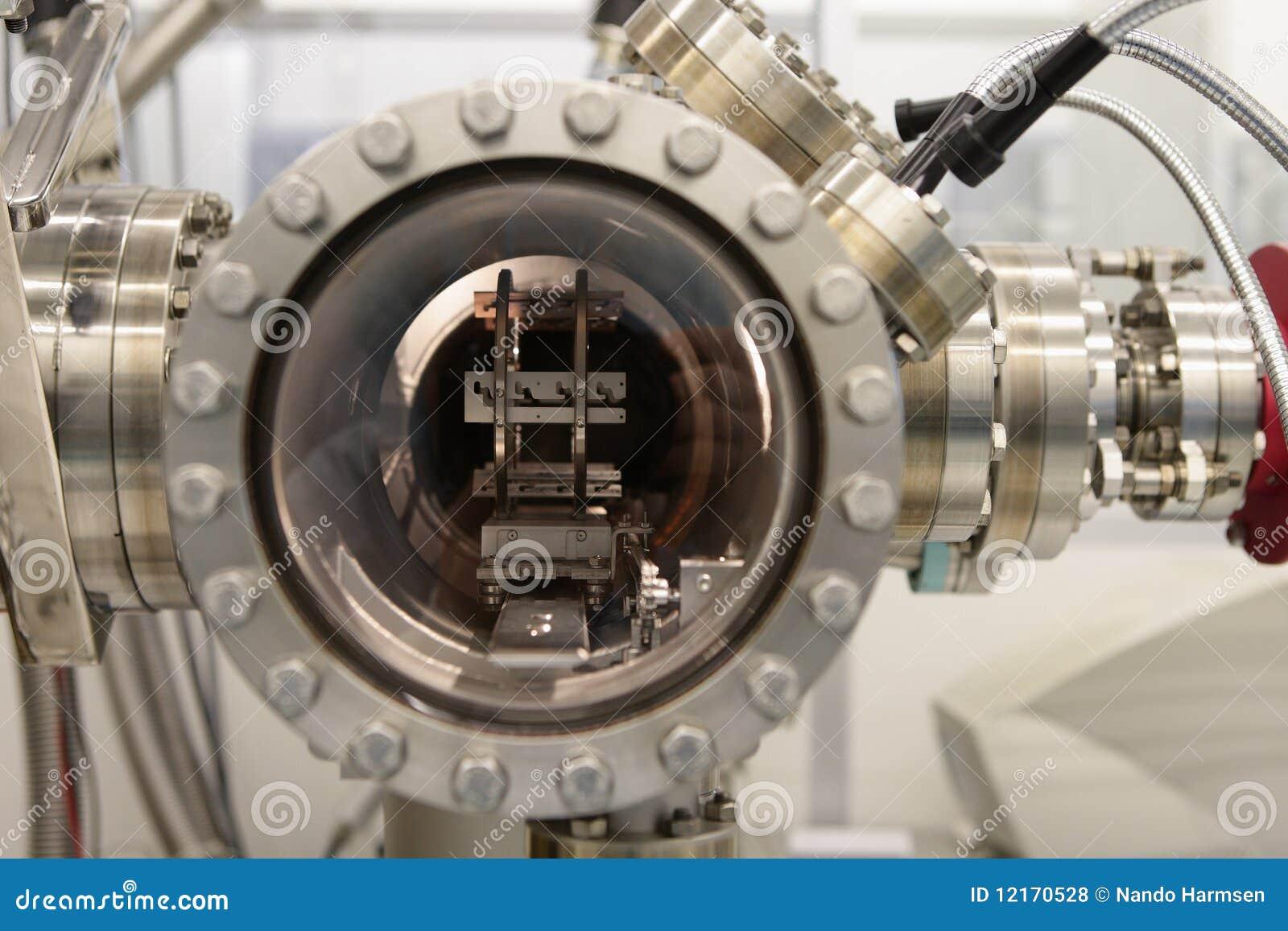 À l intérieur d un réacteur chimique d épitaxie de faisceau