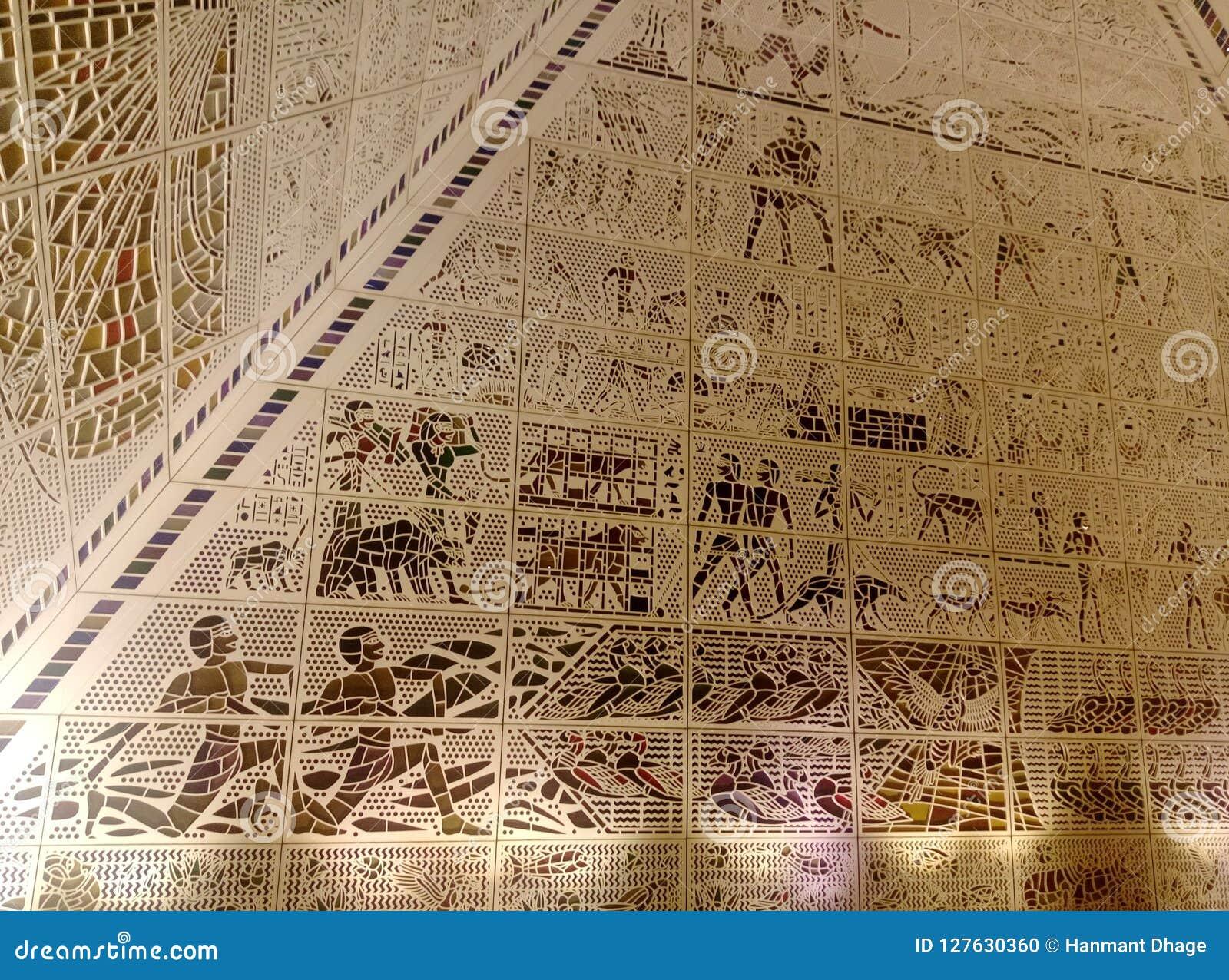 l intrieur d une pyramide