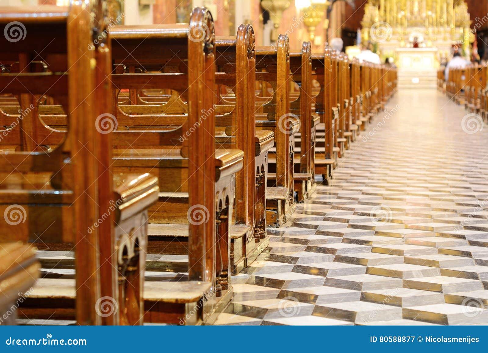 À l intérieur de la basilique de San Francisco dans la province de Salta
