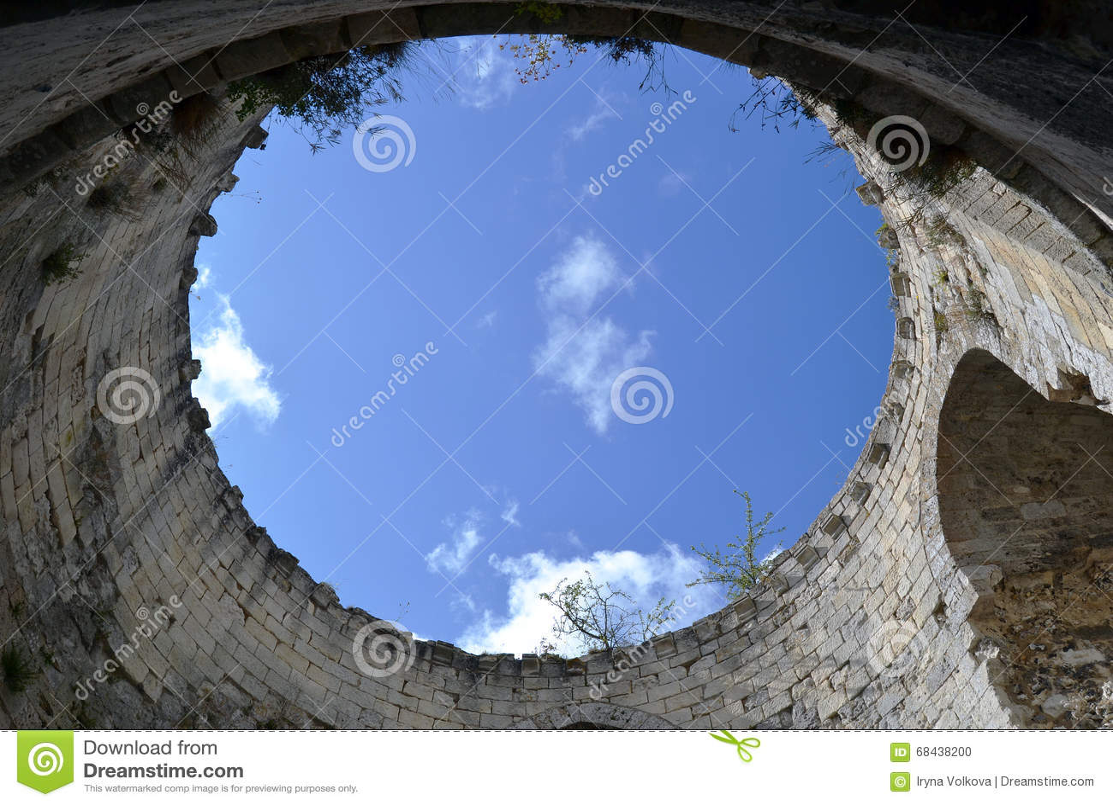 À l intérieur de la tour du château Gaillard