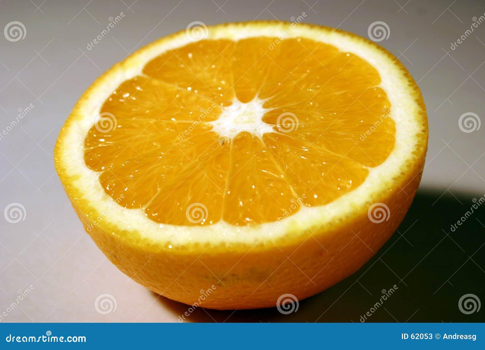 Download À moitié orange image stock. Image du instruction, macro - 62053
