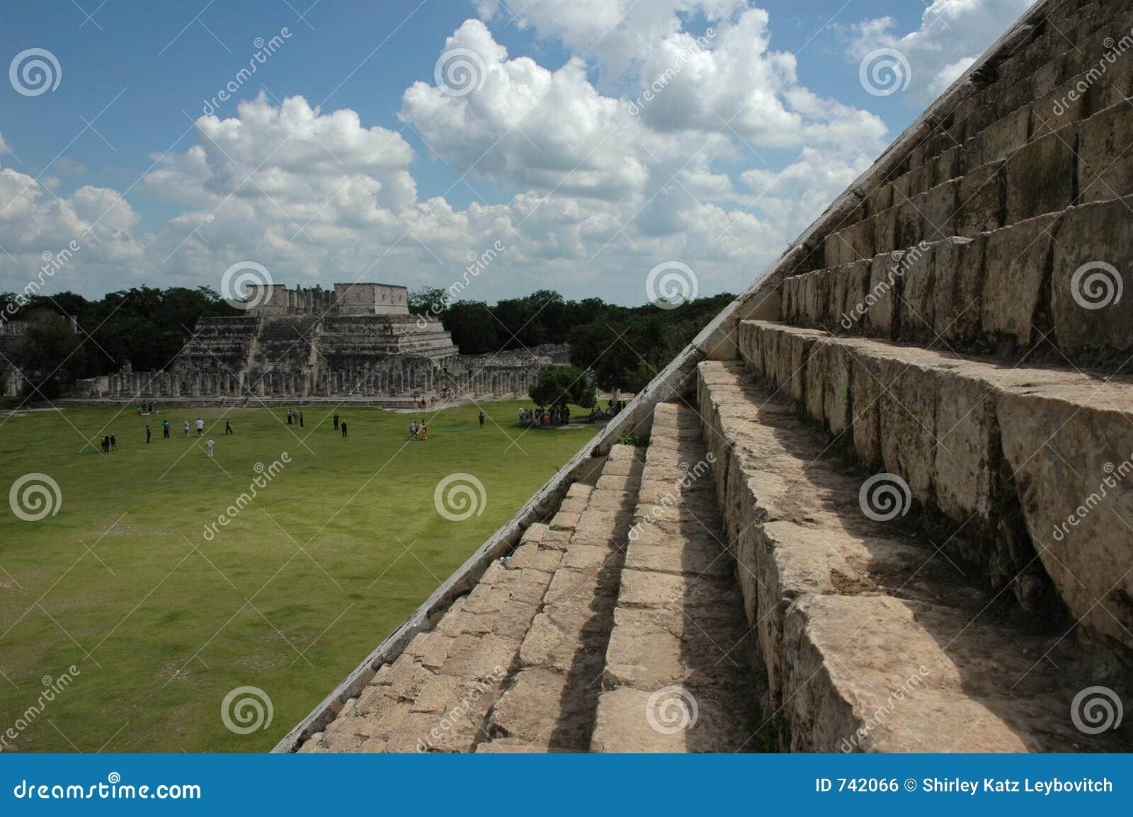 À partir de la pyramide de Chichen Itza