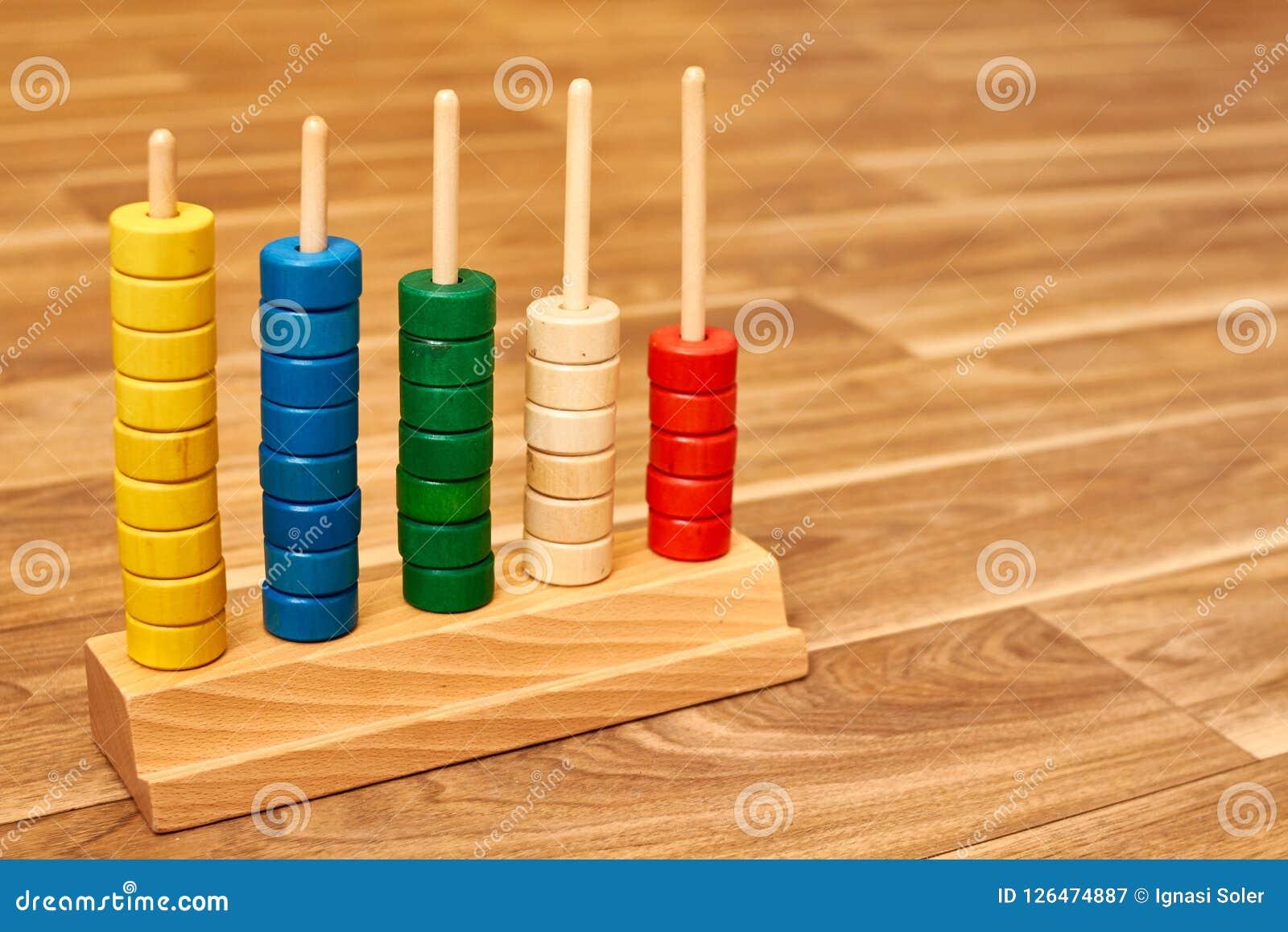 Ábaco de madeira da cor