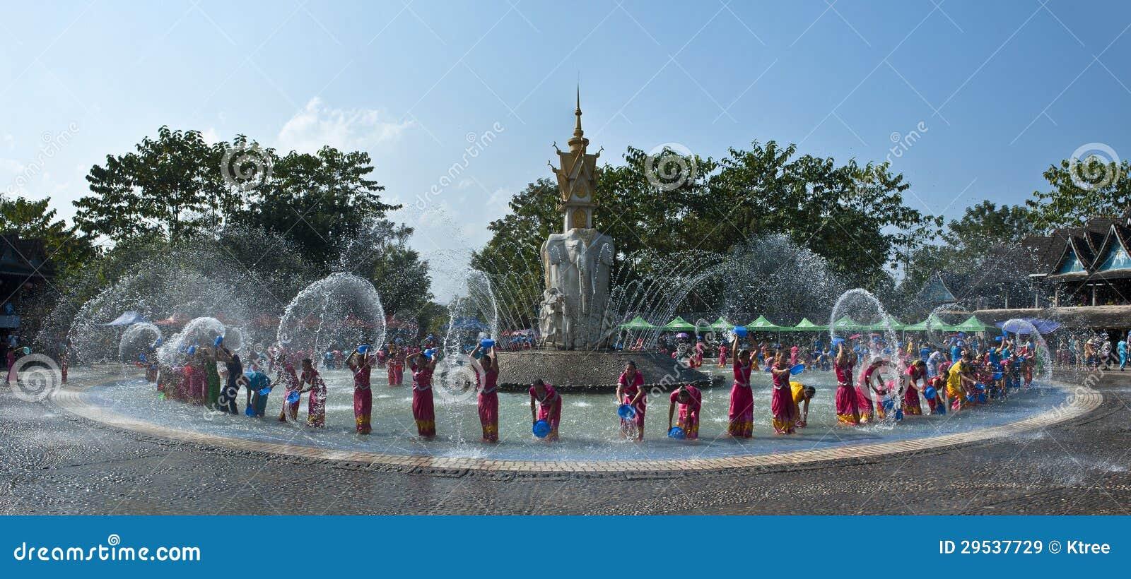Água-espirrando o festival
