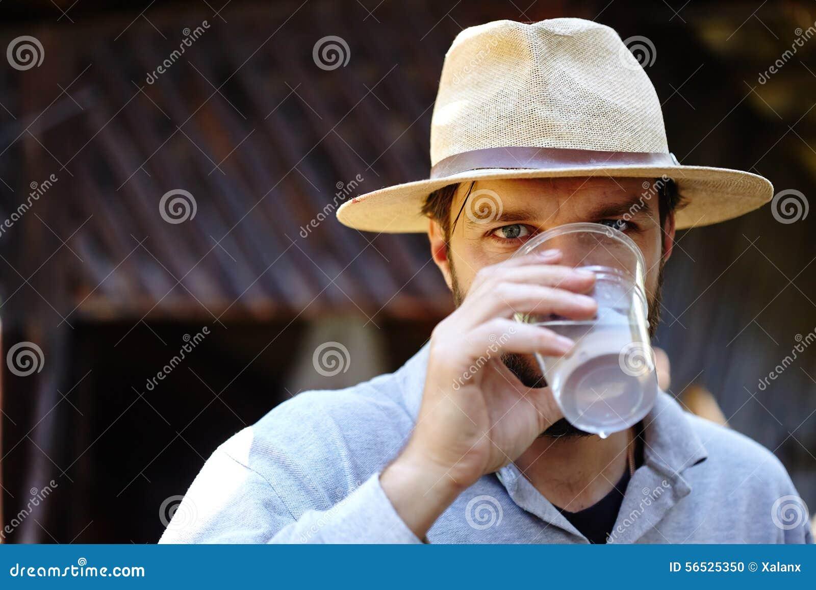 Água potável do fazendeiro exterior