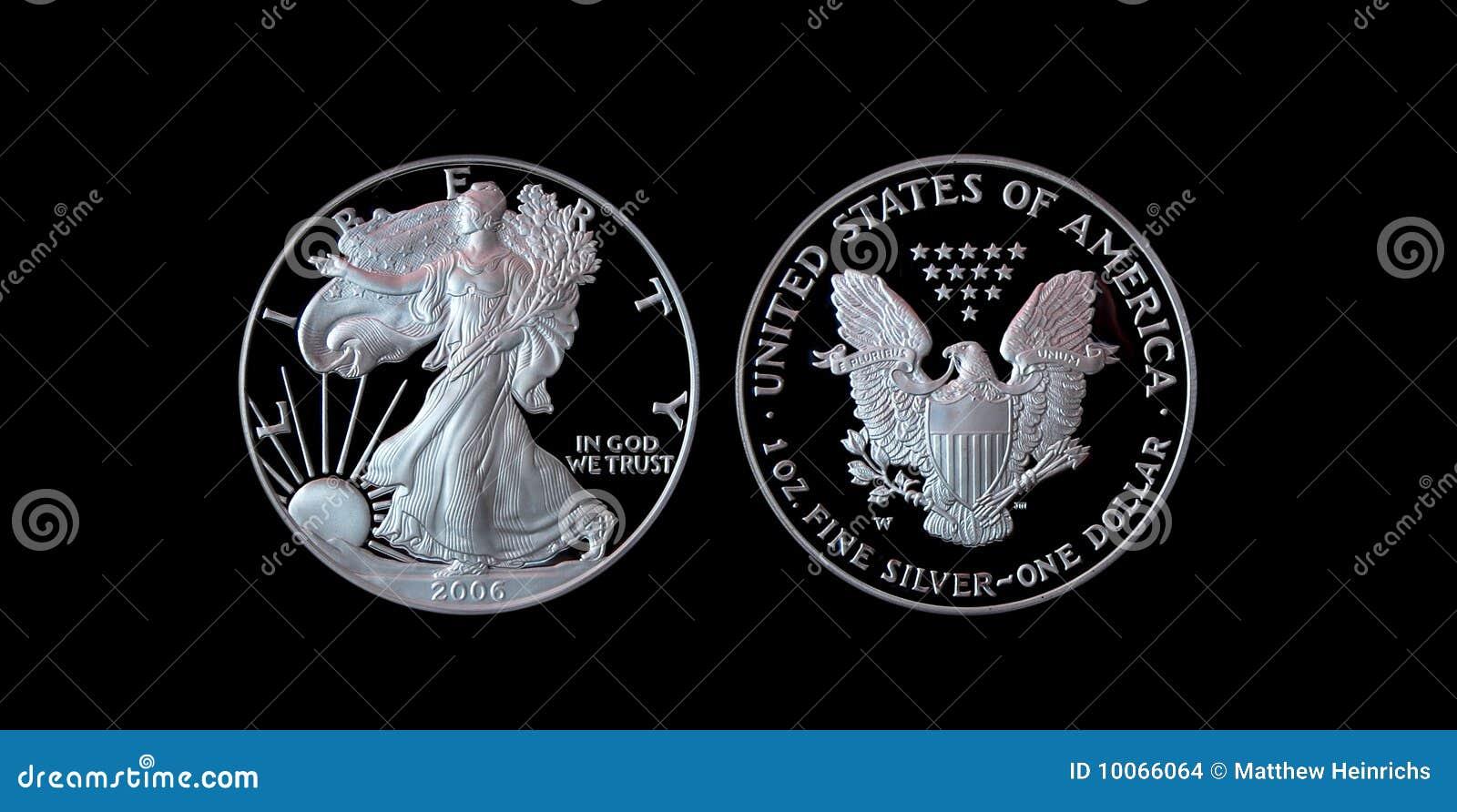 Águia de prata americana da prova com trajeto de grampeamento