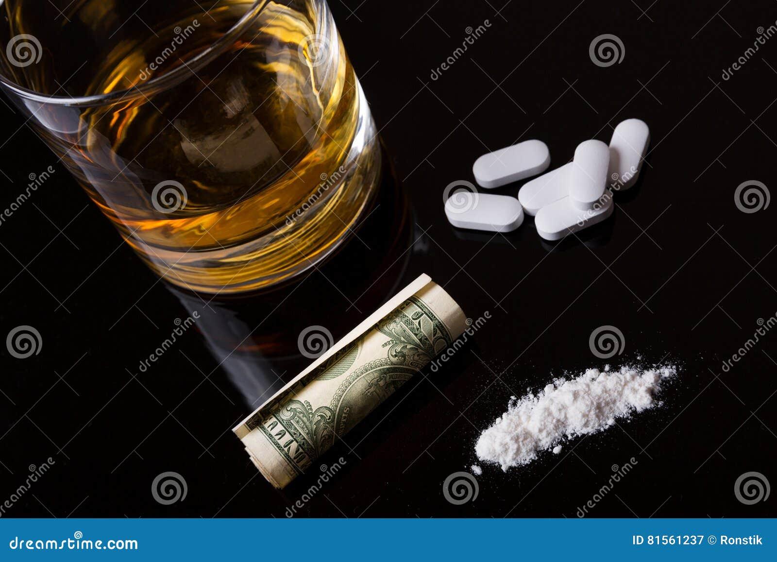 Álcool, drogas e cocaína