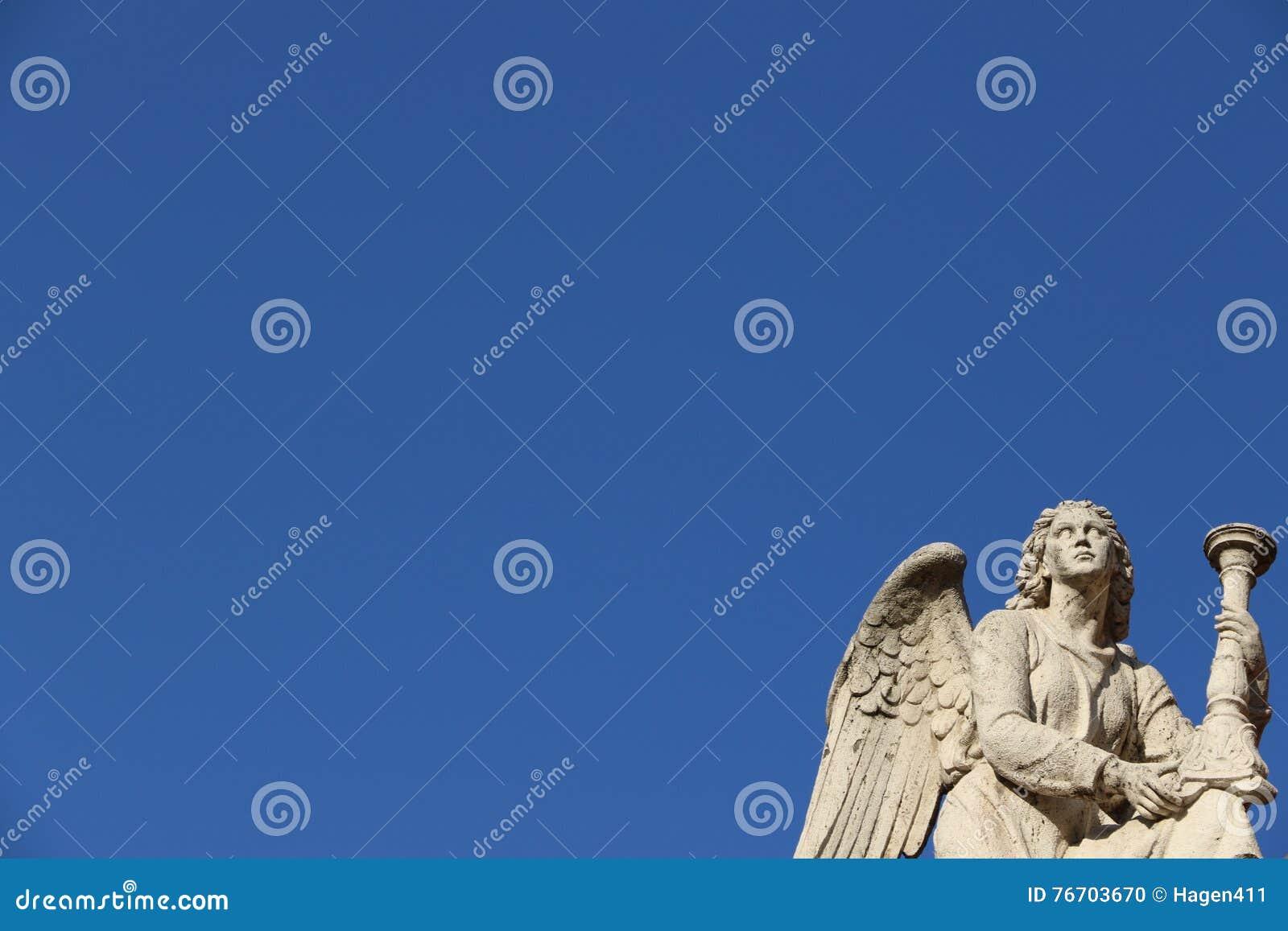 Ángel en Roma