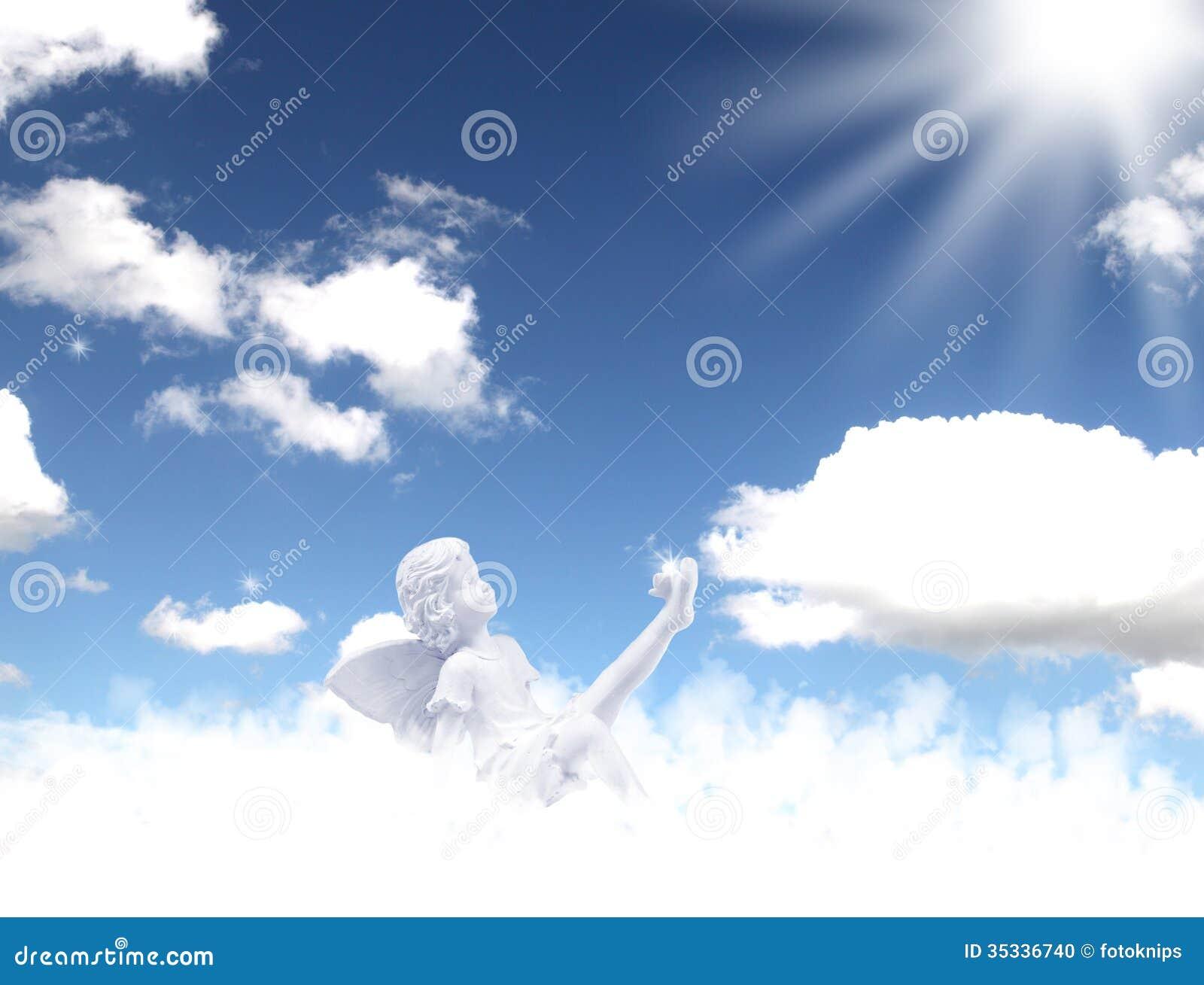 ángeles Del Cielo Foto De Archivo Imagen De Duendes 35336740