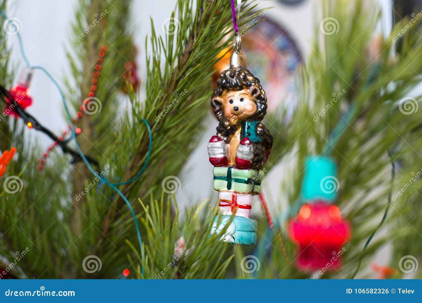 Árbol de navidad de cristal del erizo
