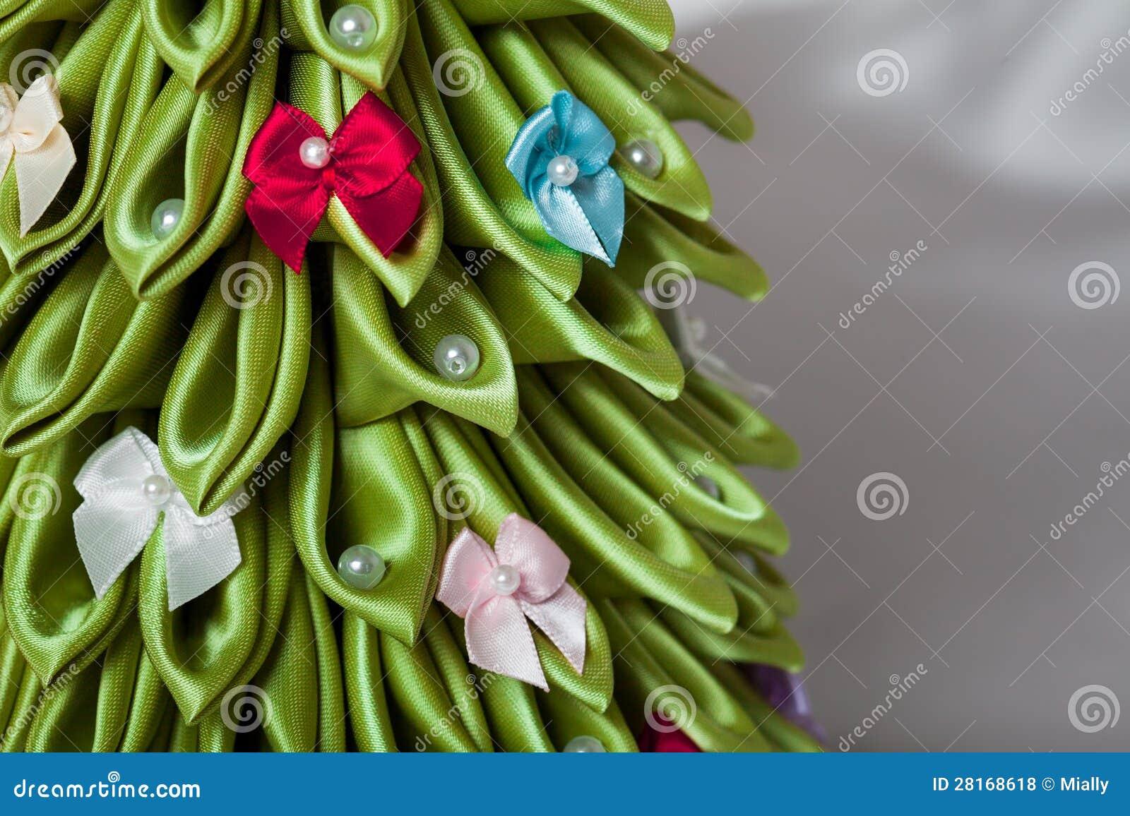 rbol de navidad hecho a mano de la tela fotos de archivo libres de regalas