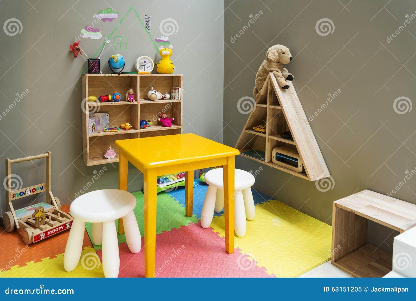Rea De Juego De Ni Os Con Los Juguetes Y Los Muebles Imagen  # Muebles Juguetes Ninos