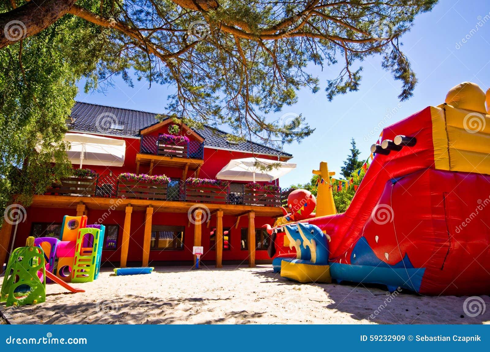 Download Área del juego de niños imagen de archivo. Imagen de juguetes - 59232909