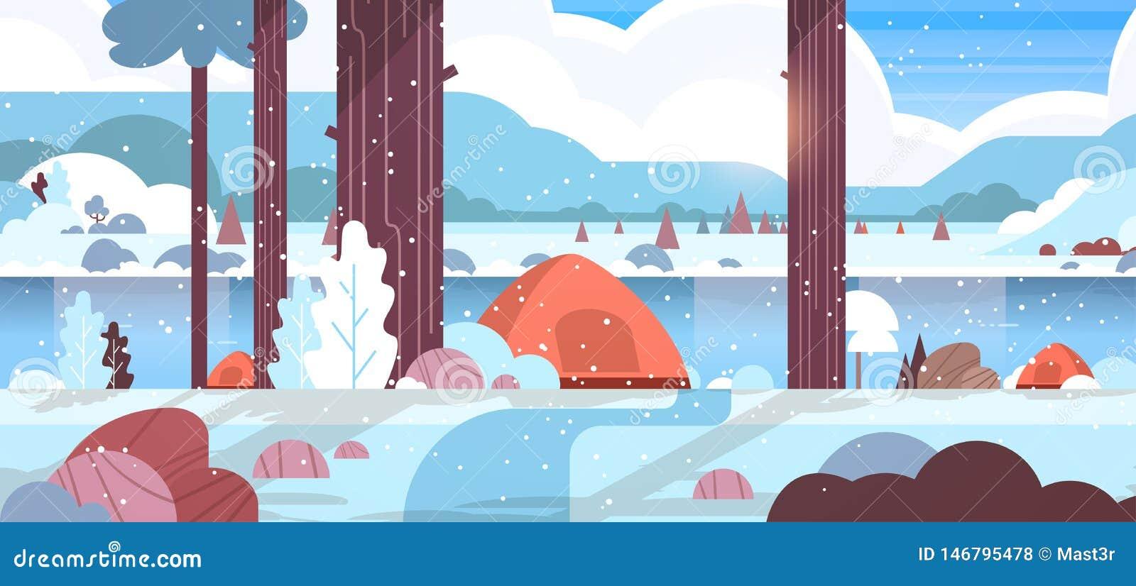 Área que acampa de las tiendas en fondo nevoso de la naturaleza del paisaje del concepto del campo del bosque del invierno con la