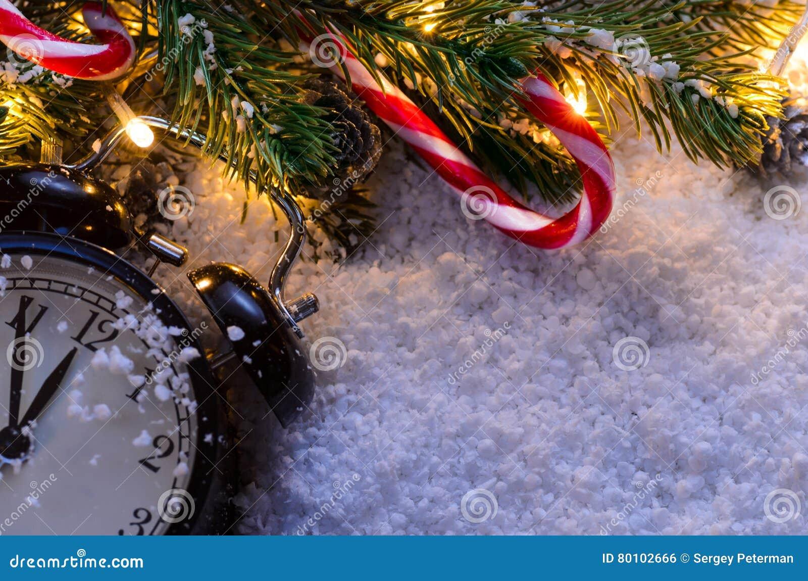 Árvore de abeto do Natal com luzes
