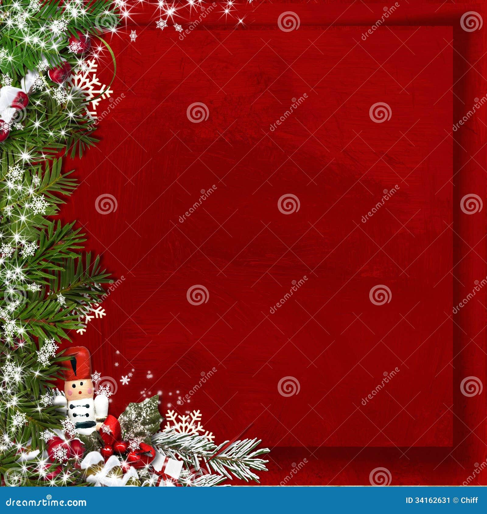 Árvore de abeto do Natal com quebra-nozes em um fundo do vermelho do vintage