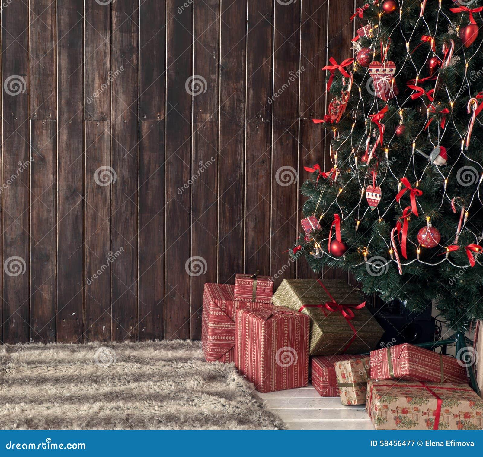 Árvore de madeira do fundo e de Natal
