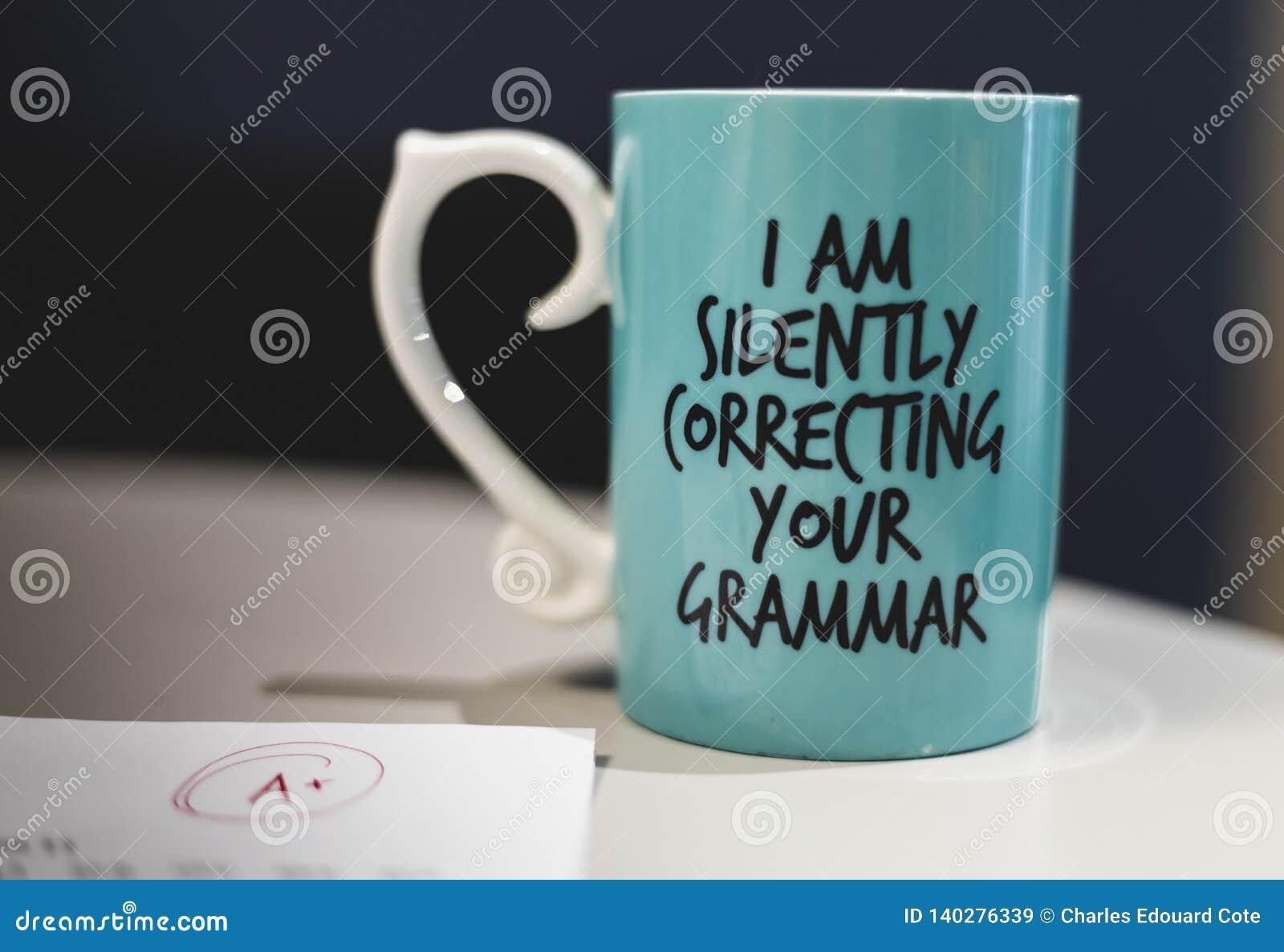 'Rånar jag som tyst kaffe korrigerar för din grammatik '