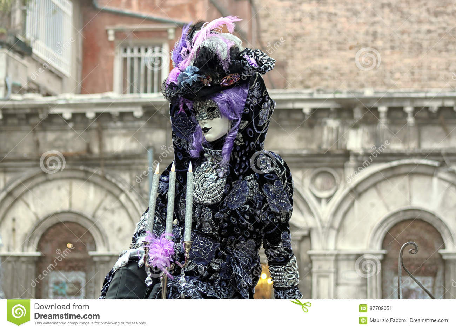 € «Venezia - masque jaune de l Italie