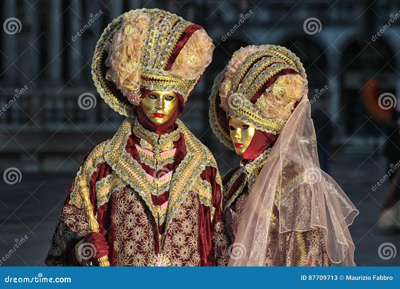 € «Venezia - masques mystérieux de l Italie