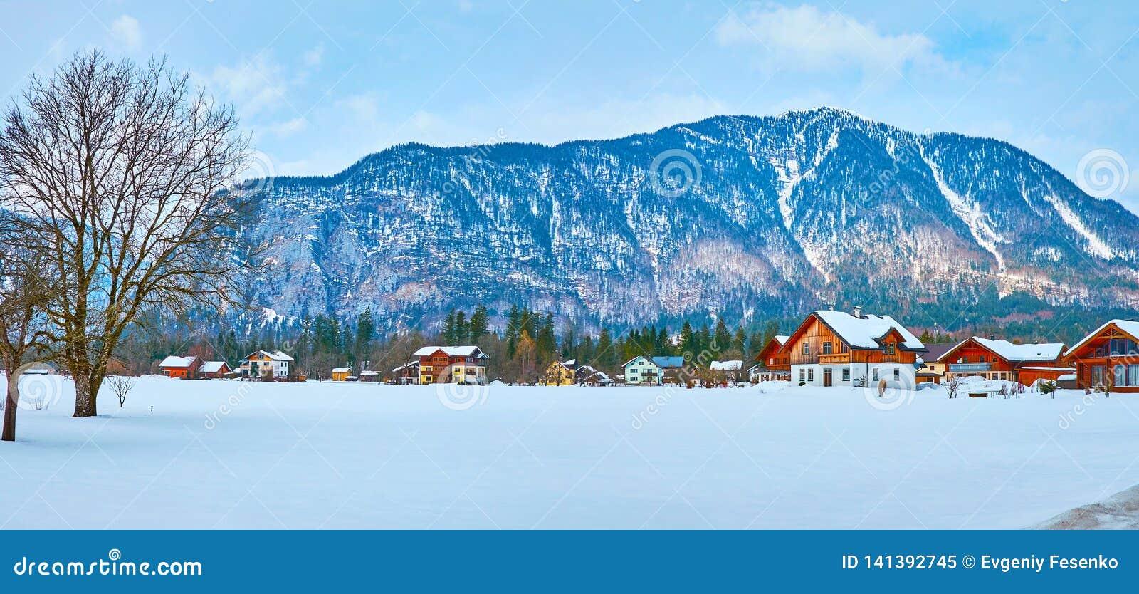 上特劳恩村庄,萨尔茨卡默古特,奥地利全景