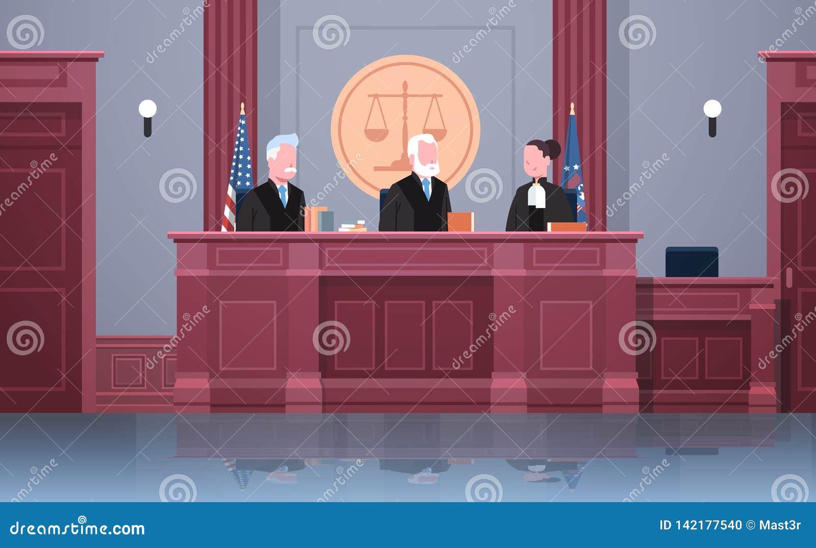 与法官律师和代理人的法律过程坐在工作场所法院开庭现代法庭内部的制服的