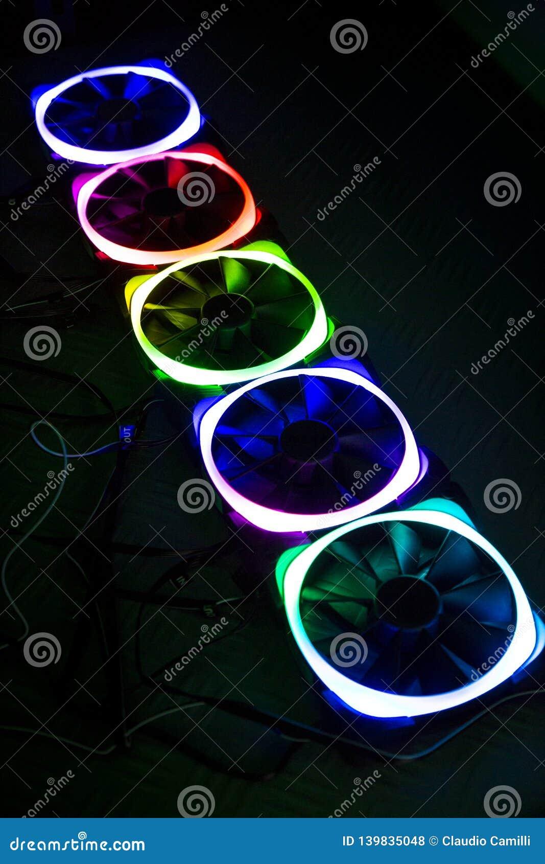 与用于个人计算机的光的计算机爱好者