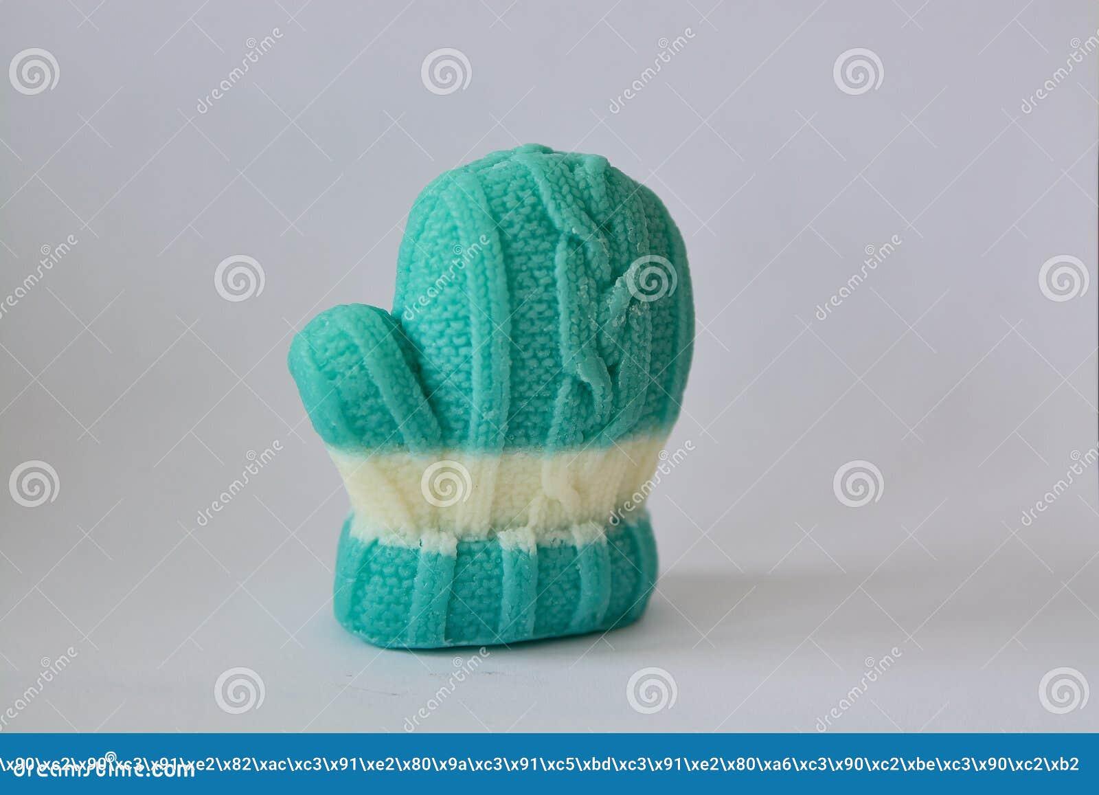 以冬天手套的形式肥皂礼物