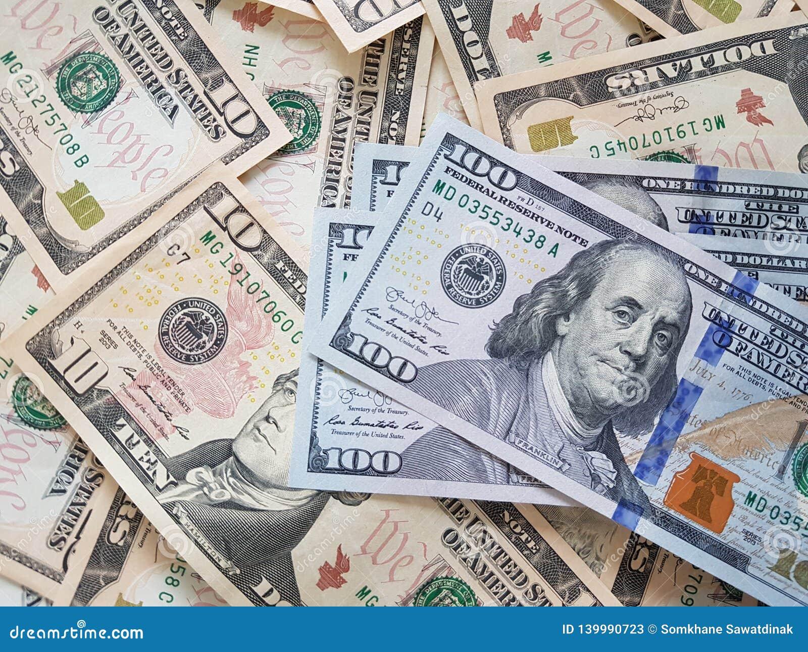 企业概念、背景、财务投资和兑换处:准备好美国美元的现金投资环球