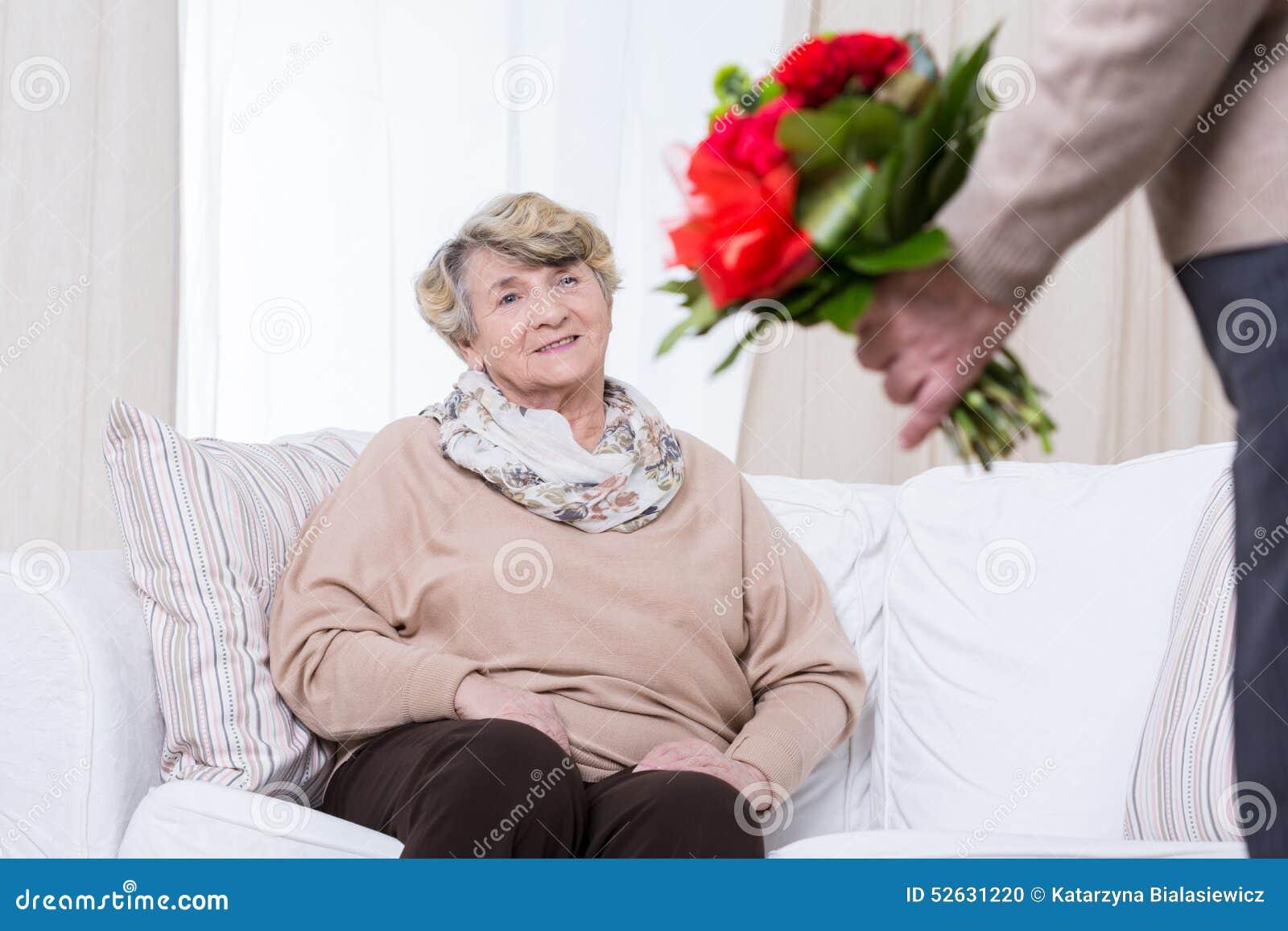 ältere frau daten