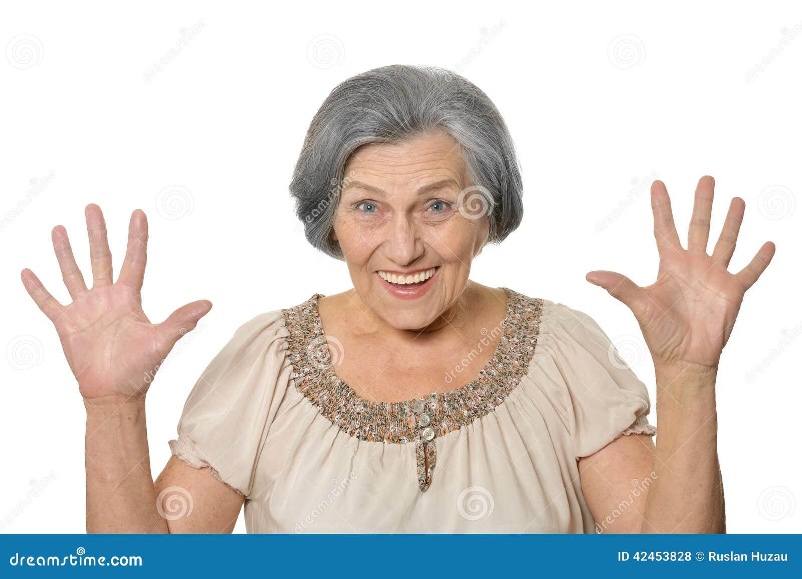 Ältere Frau ist glücklich