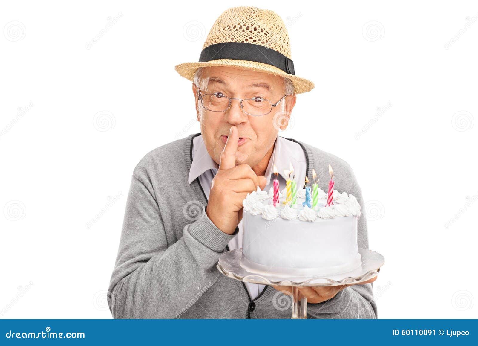 Alterer Herr Der Einen Geburtstagskuchen Tragt