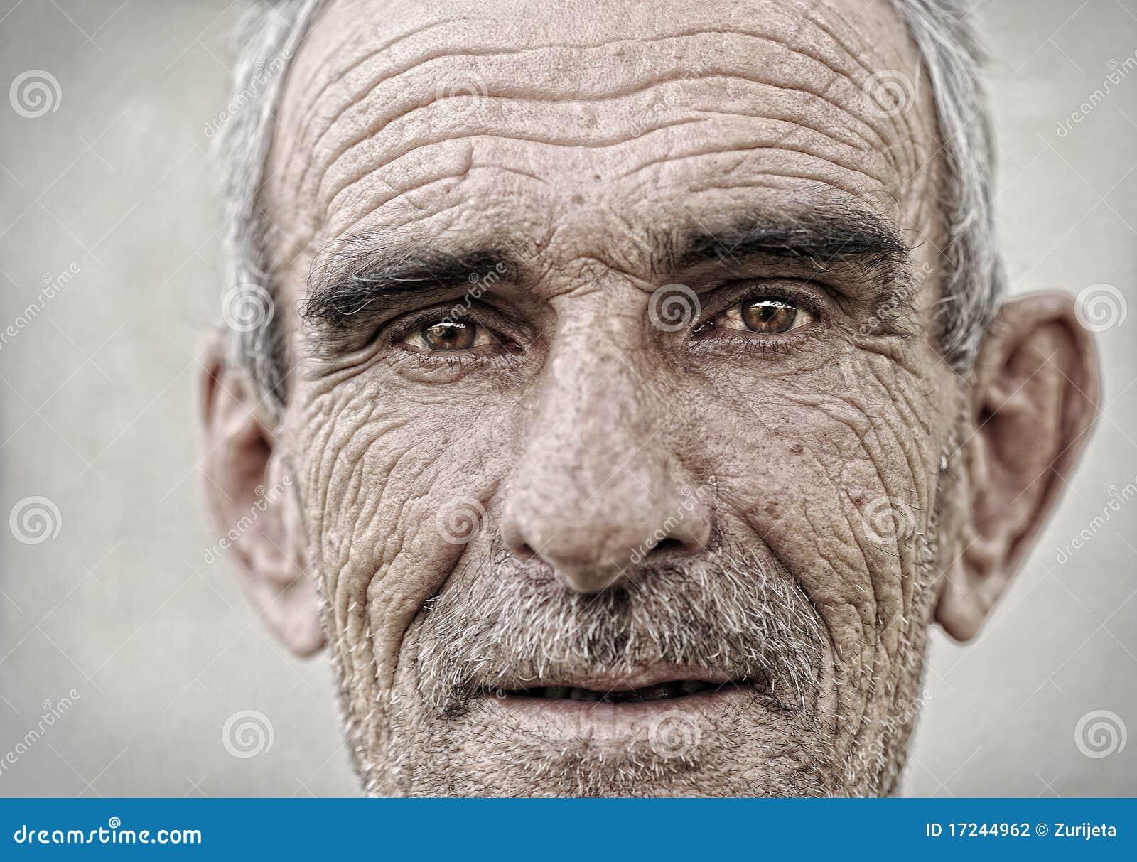 Älteres, altes, fälliges Mannportrait