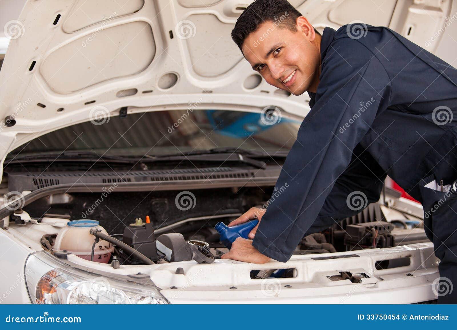 Änderndes Öl eines Autos
