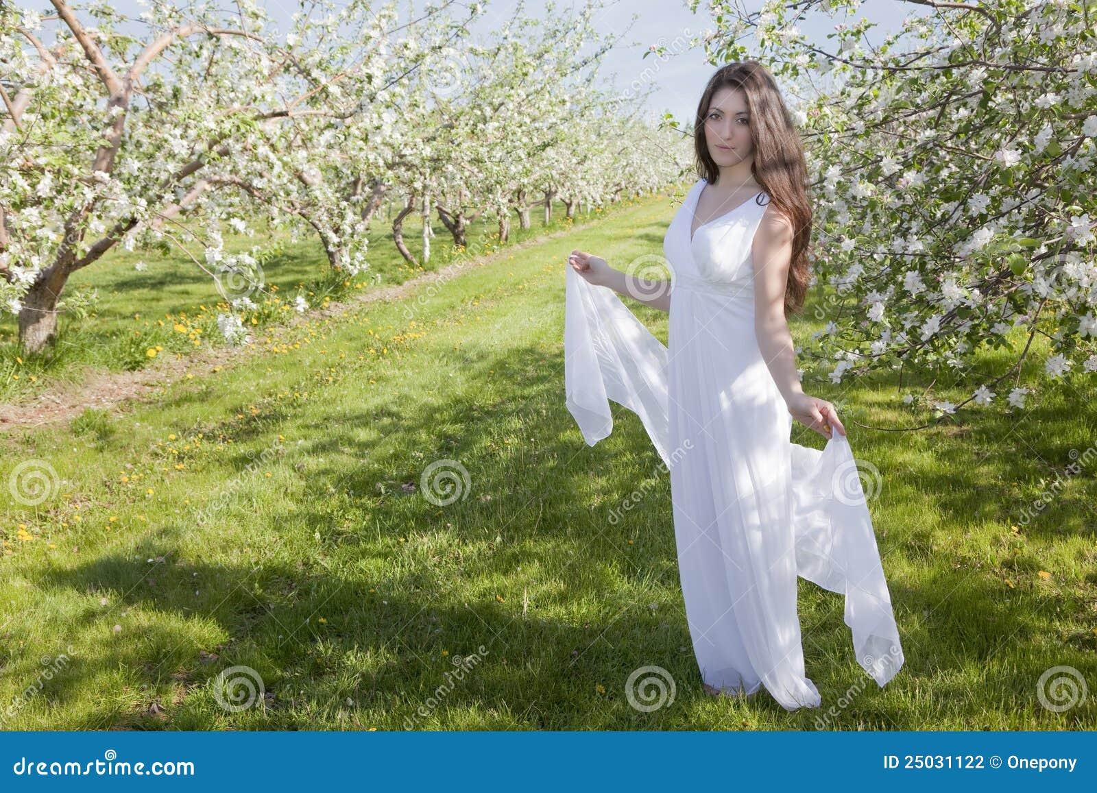 äppleblomningkvinna