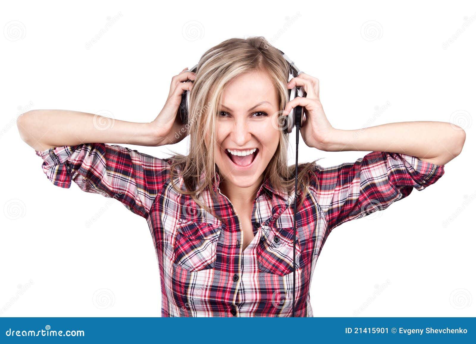 Är den blonda flickan för härlig vuxen sensuality lyssnar t
