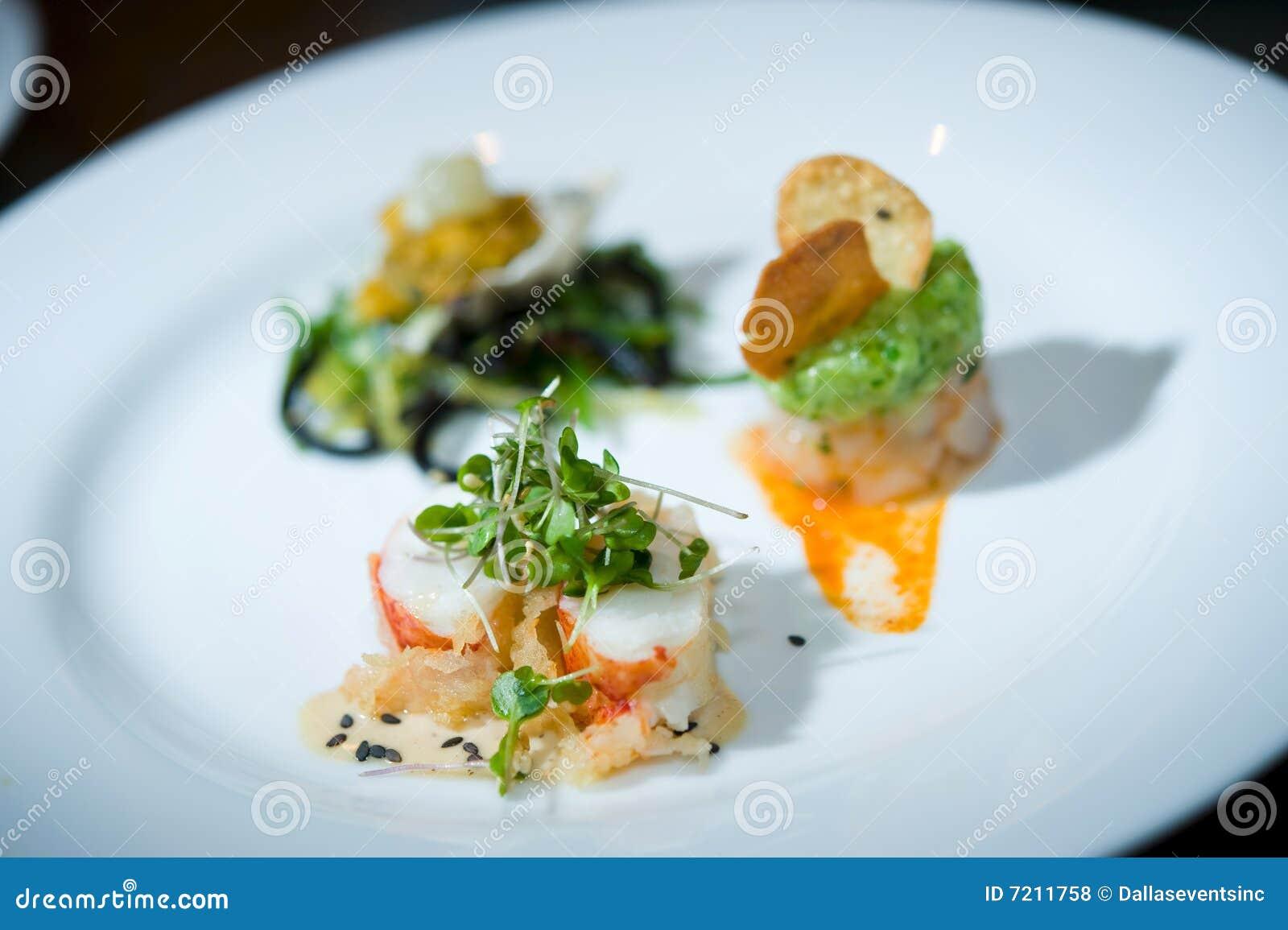 äta middag fina sushi