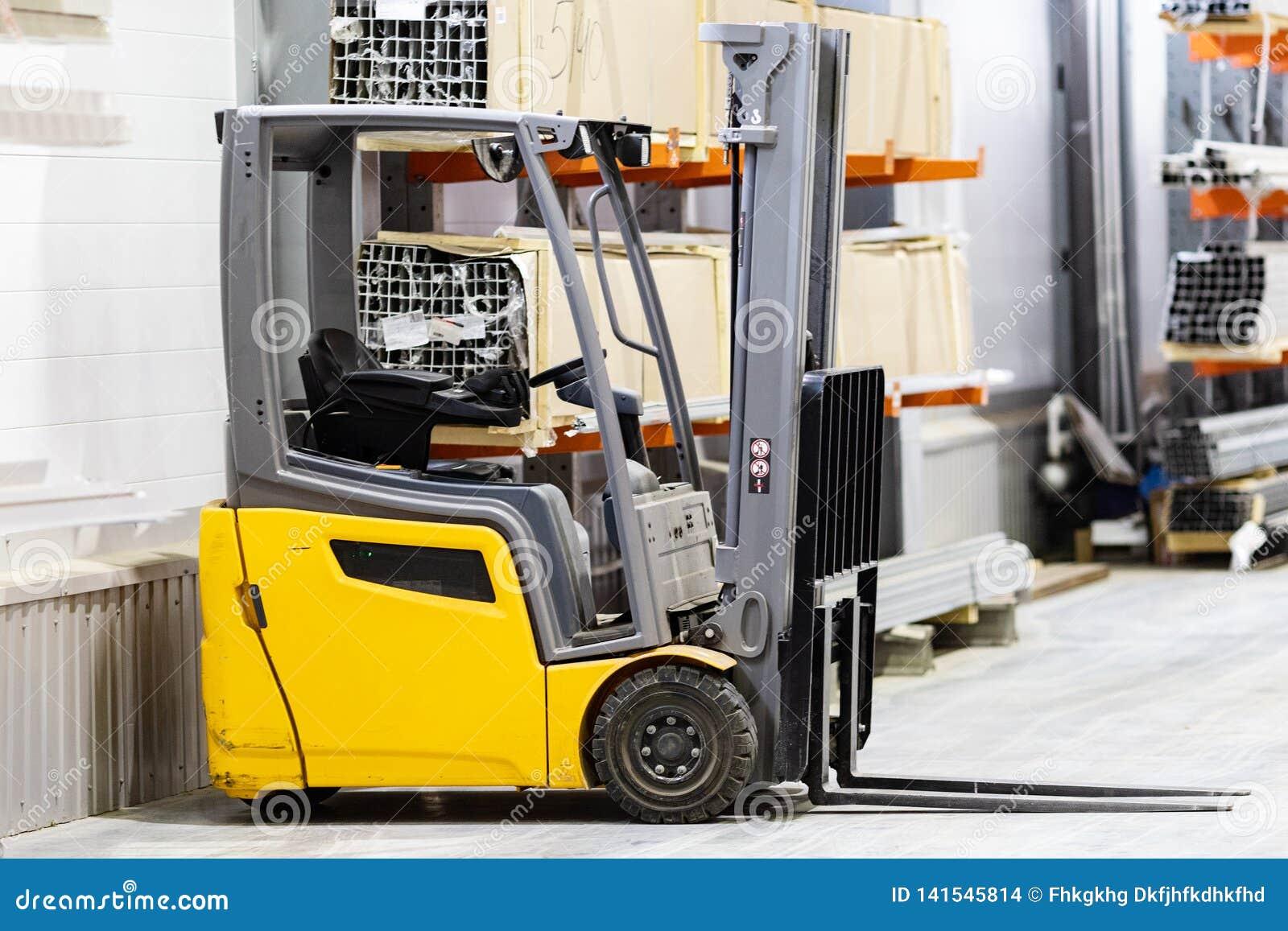 叉架起货车股票 采购管理系统 送物品 存贮 物品的运输 纸盒箱子