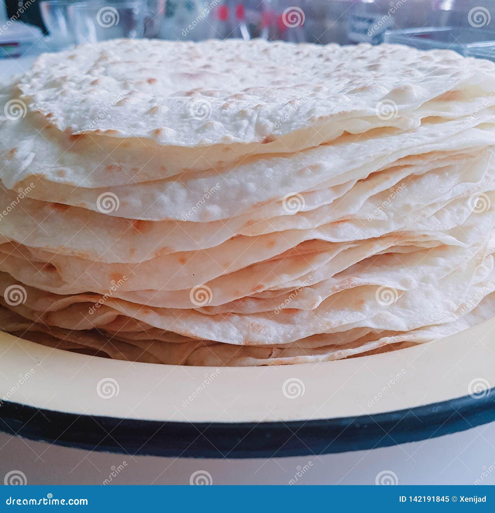 地道墨西哥面粉玉米粉薄烙饼 空的homamade玉米粉薄烙饼