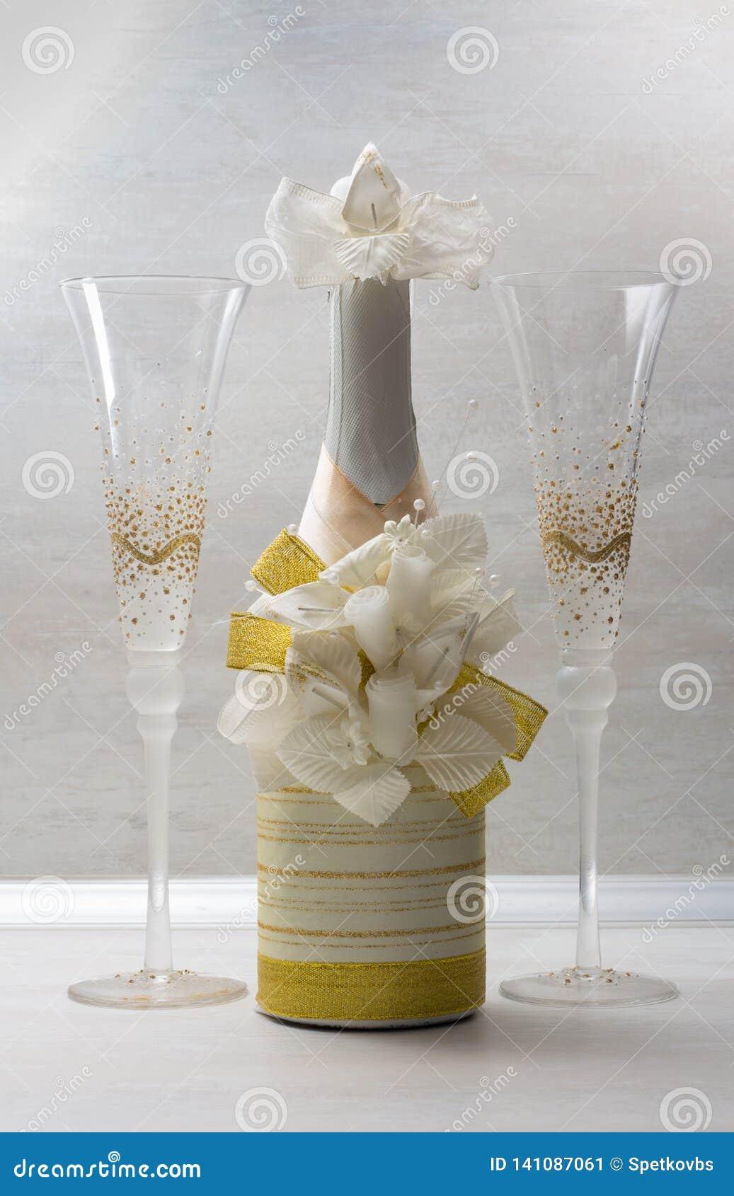 Ślubna dekoracja - szkła & butelka