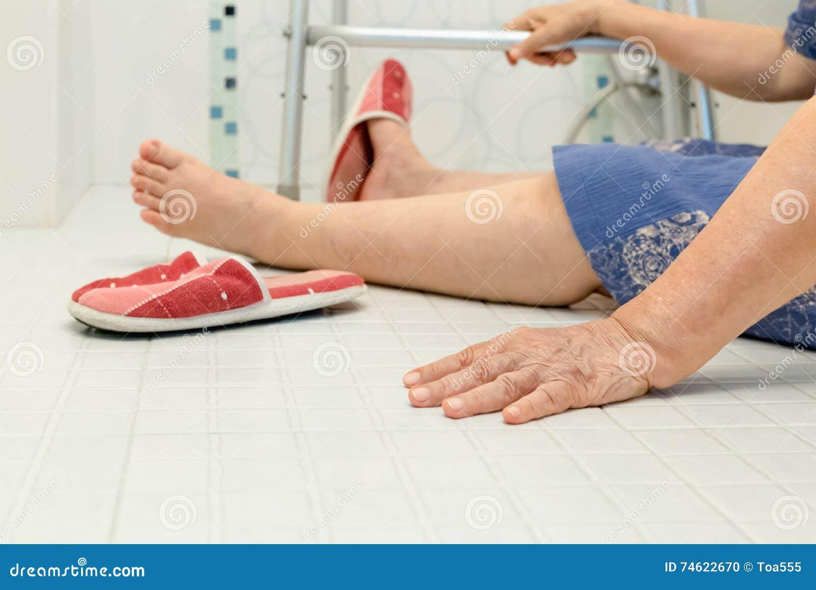 Åldring som faller i badrum