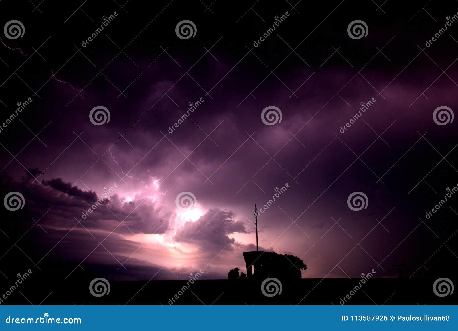 Åska och blixt