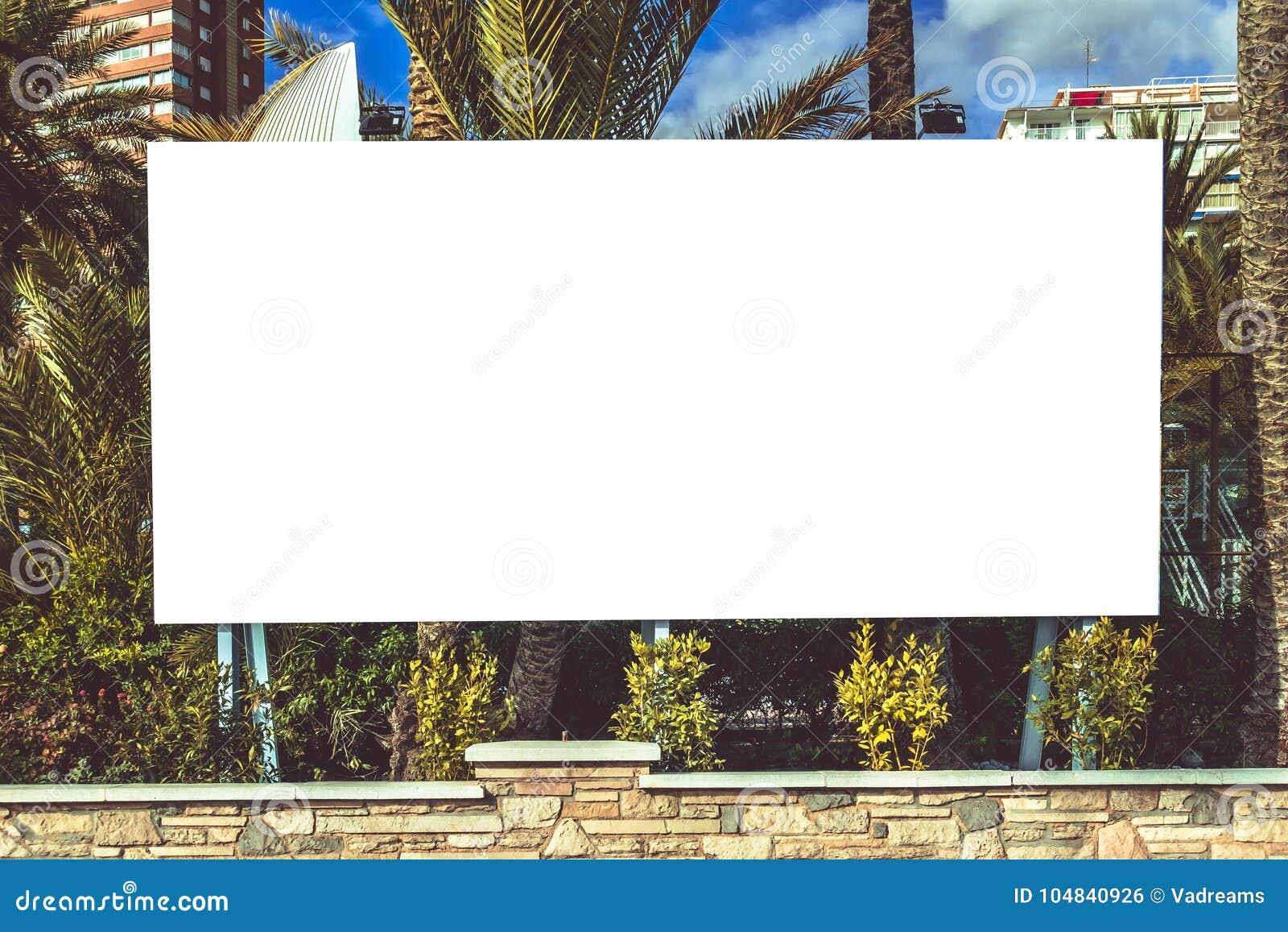 Åtlöje upp Tom affischtavla, informationsbräde som annonserar affischen