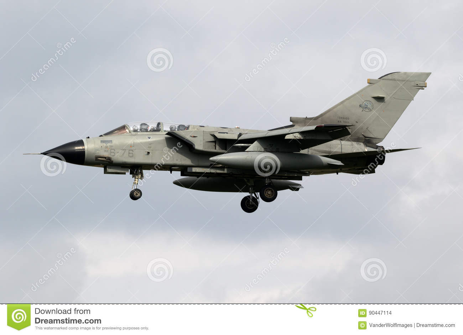 Aereo Da Caccia Tornado : Æreo a reazione di aereo da caccia del bombardiere