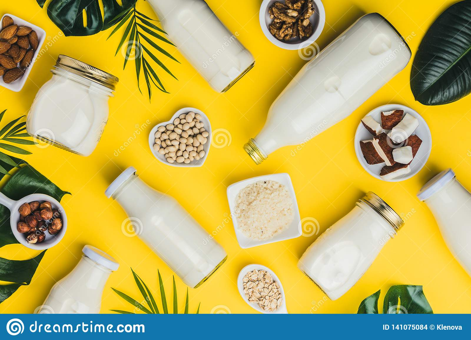 牛奶店自由牛奶替代品饮料和成份