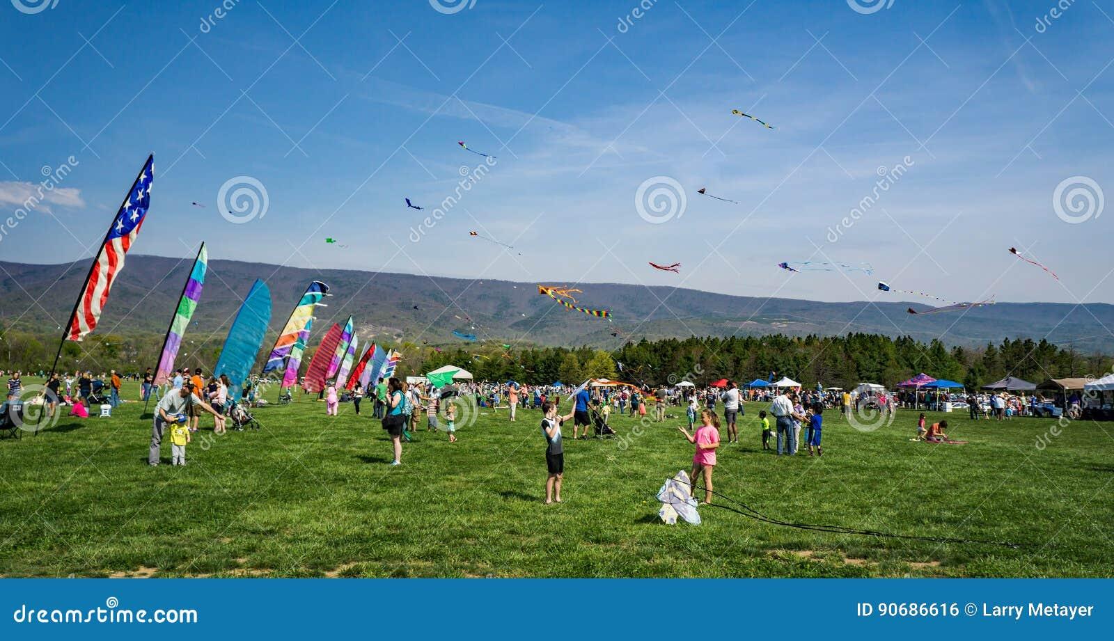 19ème Ridge Kite Festival bleu annuel