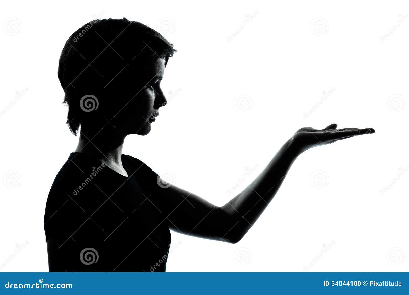 Één jonge open silhouet lege handen van het tienermeisje