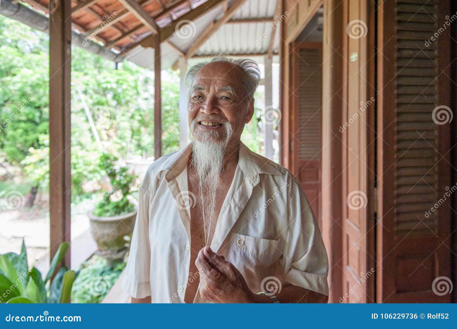 89 éénjarigen Vietnamese mens